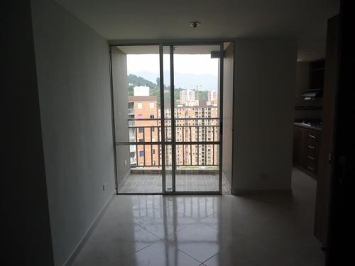 Apartamento en Arriendo en Envigado cod. 2468