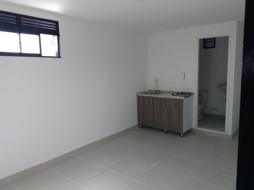 Apartamento en Arriendo en Medellin cod. 4385