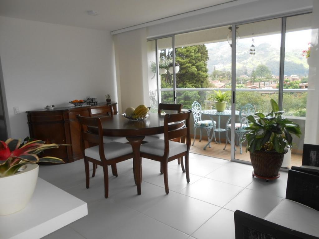Apartamento en Venta en La Estrella cod. 5125